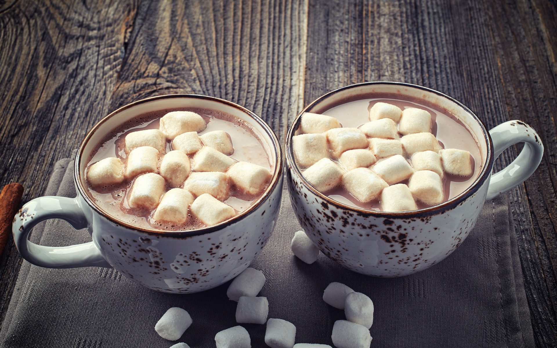 coffee cups, marshmallows, table, sweet